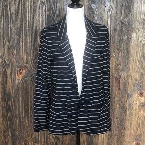 Tart Blazer - like new!